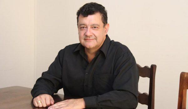 Hajar é nomeado para Indústria e Comércio