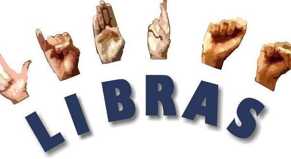 Associação de Surdos de Palmeira oferece cursos de Libras