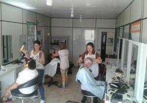 Grupo de convivência do CRAS realizou ontem a 'Tarde da Beleza'