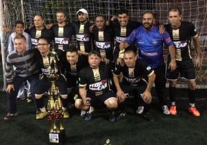 Stop Car é campeão do Campeonato de Futebol de Veteranos