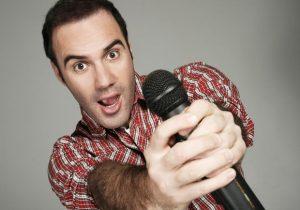 Humorista Diogo Portugal estará em Palmeira