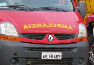 Bombeiros atenderam duas quedas de motocicletas neste domingo