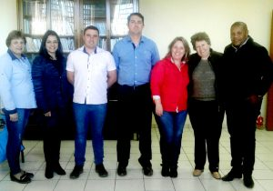Secretarias discutem abertura de novas disciplinas para a EJA em Palmeira