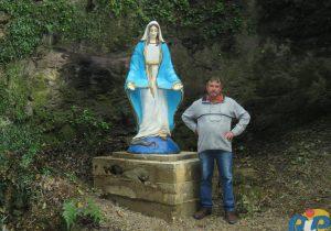 Benção da gruta de Nossa Senhora das Graças atraiu muitas pessoas em Pinheiral de Cima