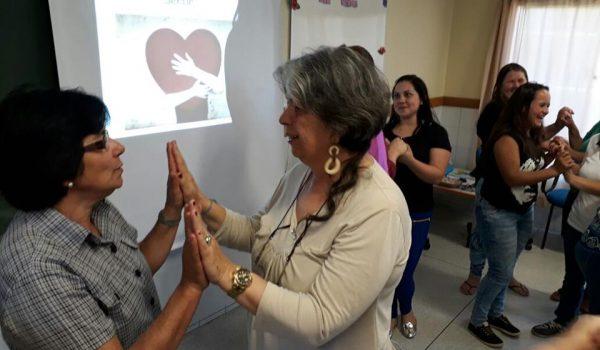 Comunidade escolar realizaencontro para aproximar familiares
