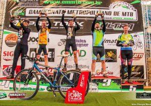 Tiago conquista o 2º lugar em Campina Grande do Sul.