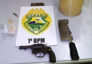 Tráfico de drogas e porte ilegal de arma de fogo