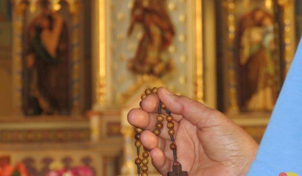 Reze uma Ave-Maria nesta sexta-feira na Igreja Matriz.