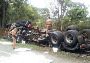 Acidente na PR 151 entre Palmeira e São João do Triunfo