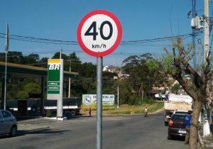 Reciclagem de placas de trânsito gera economia aos cofres públicos