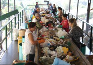 Novo contrato de coleta de resíduos gera economia de R$ 500 mil