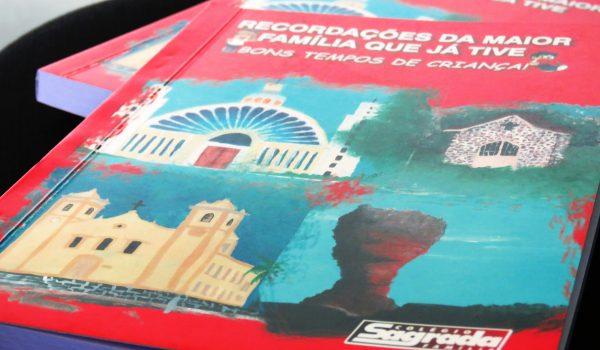 Colégio Sagrada Família lança livros com resgate histórico dos alunos