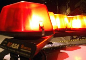 Colisão entre auto x moto deixa dois feridos na Vila Rosa