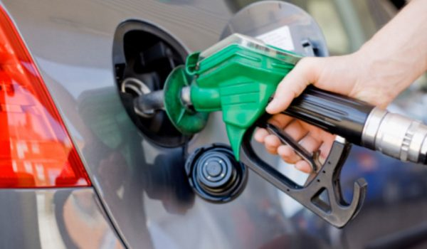 Combustíveis passam hoje pela primeira variação de preço do ano