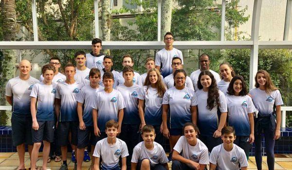 Atletas Palmeirenses participam da primeira prova de natação do ano