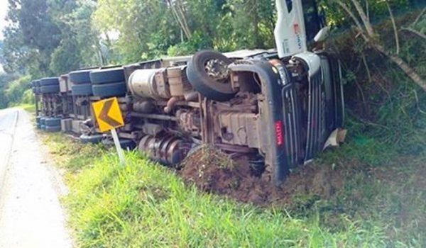 Acidente de trânsito na PR 151 deixa vítima em estado grave