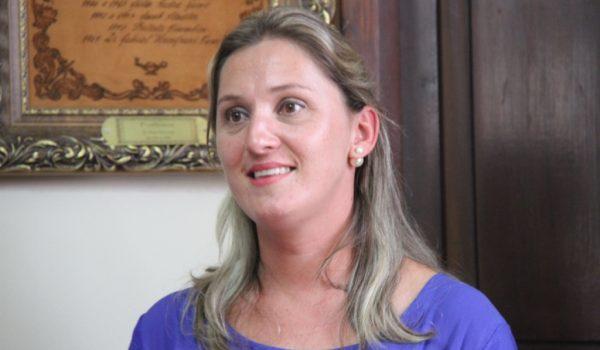 Secretária de Obras fala sobre cronograma nas estradas rurais do município