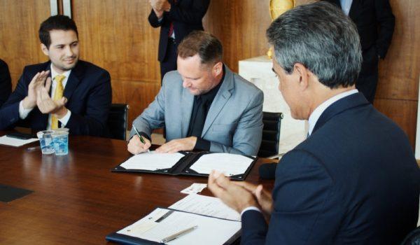 Governo Estadual apoia projeto de energia limpa em Palmeira
