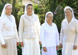Lar Sagrada Família promove trabalho de solidariedade com idosas