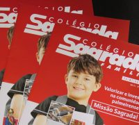 A revista anual está em sua primeira edição