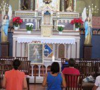 Todos são convidados a participar deste momento de fé e oração . Todas as segundas-feiras às 15 horas na Igreja Matriz.