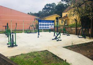 Parque dos Papiros e Santa Bárbara recebem academias ao ar livre