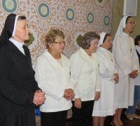 Irmã Beatriz Dal Prá e equipe de celebração.