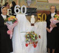 Irmãs celebram aniversário de vida religiosa.