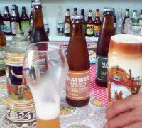 Suas cervejas seguem a Lei de Pureza Alemã de 1516, sem adição de produtos químicos
