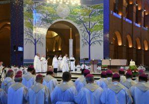 Bispos de Curitiba participam de Assembleia Geral da CNBB em Aparecida