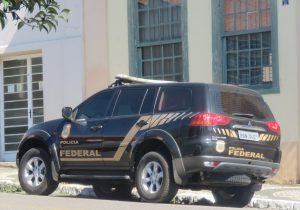 Polícia Federal cumpre mandado judicial em Palmeira