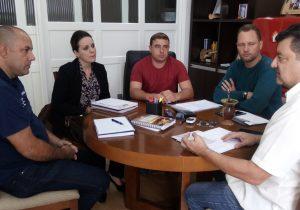 Prefeitura e Senai acertam detalhes para abertura de laboratório de informática na unidade de Palmeira