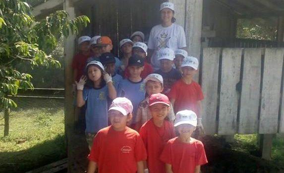 """Escola Municipal do Campo Pedro Gross Filho desenvolve atividades do """"Projeto Agrinho"""""""