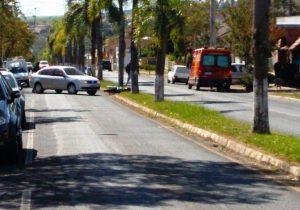 Colisão auto x moto deixa dois feridos
