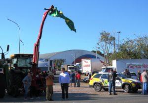 Polícia Militar garante a segurança em pontos de concentração de caminhoneiros