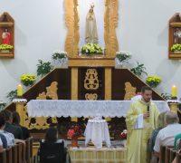 Padre Osni dos Anjos celebrou o 2º dia do Tríduo