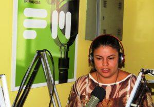 Secretária de Saúde orienta sobre atendimento em farmácias do município