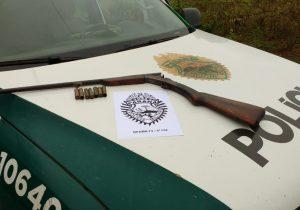Após denúncia, Polícia Ambiental realiza apreensão de arma de fogo em Monte Alegre