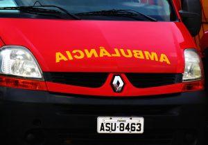 Bombeiros encaminham para o hospital senhor de 60 anos que caiu de estufa de fumo