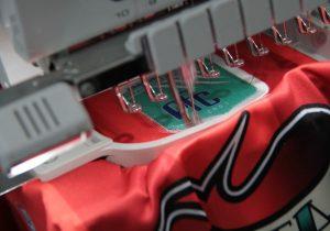 Há mais de 4 anos, Palmeira conta com empresa de materiais esportivos personalizados