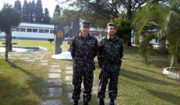 Oficiais do exército realizam treinamento em Palmeira