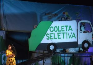 Espetáculos artísticos discutem importância da reciclagem