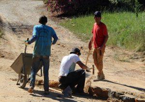 Prefeitura retoma obra de pavimentação poliédrica em Papagaios Novos