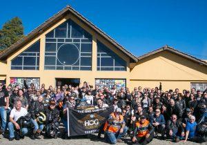 Grupo com mais de 100 motociclistas de Curitiba participa doEncontro de Carros Clássicos e Antigos de Palmeira