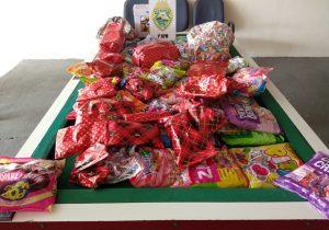 Polícia Militar arrecada doces e brinquedos para o dia das crianças