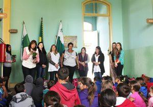 Alunos da Escola Municipal do Campo Ilda Albach iniciam aulas no Polo da UAB