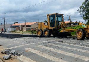 Secretária de Obras explica trabalho de manutenção na Avenida Daniel Mansani