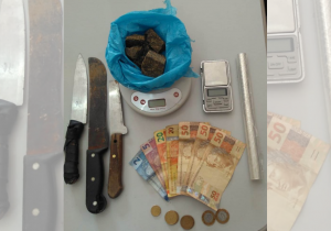 Através de denúncia anônima PM localiza residência com drogas, no Rocio II