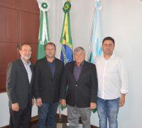 Anselmo H. Osório (1º Secretário), Arildo Santos Zaleski (Vice-Presidente), Domingos Everaldo Kuhn ( Presidente), Marcos Ribas (2º Secretário)