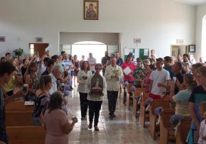 Comunidade de São Pedro recebe a imagem peregrina